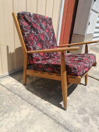 sillón nórdico antiguo