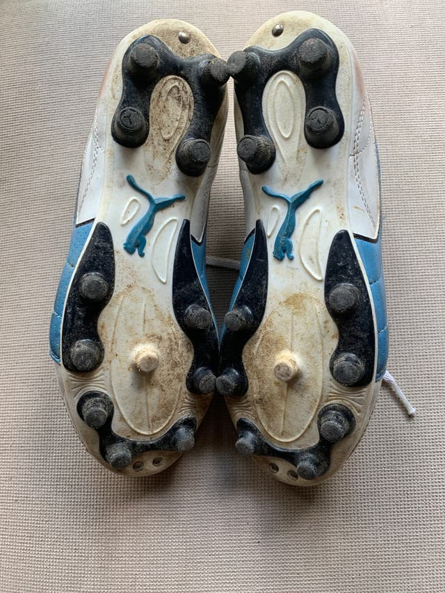 Botas Puma de fútbol junior