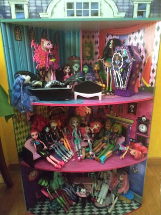casa de muñecas Monster high