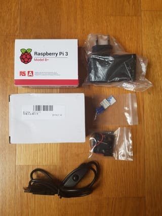 Kit Raspberry Pi 3 + Caja, refrigeración, enchufe