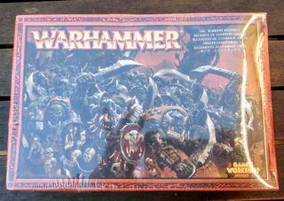 Warhammer. Regimiento de guerreros orcos