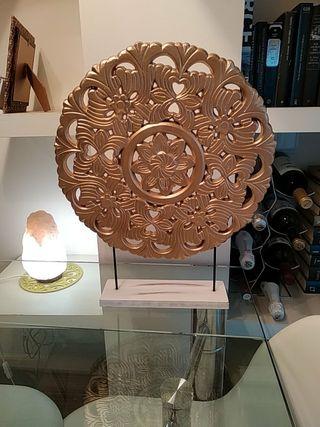 Mandala dorado decoración