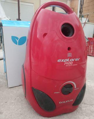 Aspirador Taurus Explorer 1400