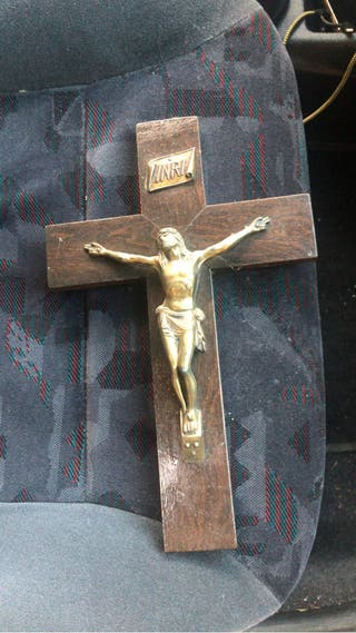 Crucifijo madera maciza