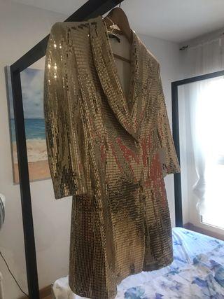 Vestidochaqueta lentejuela dorada zara de segunda mano por