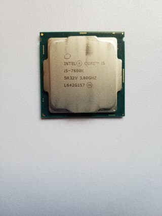 Vendo procesador intel i5 7600k 3.8GHz