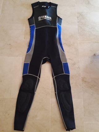 traje moto de agua yamaha