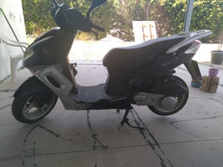 moped Peugeot sum up 125 cc
