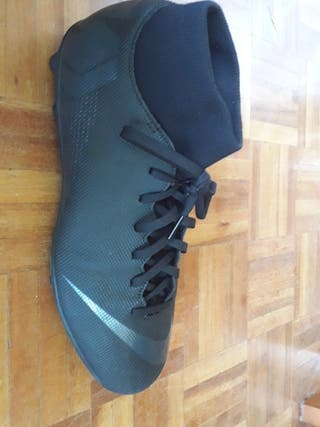 Nike Mercurial MG talla 44/44.5(Precio Negociable)