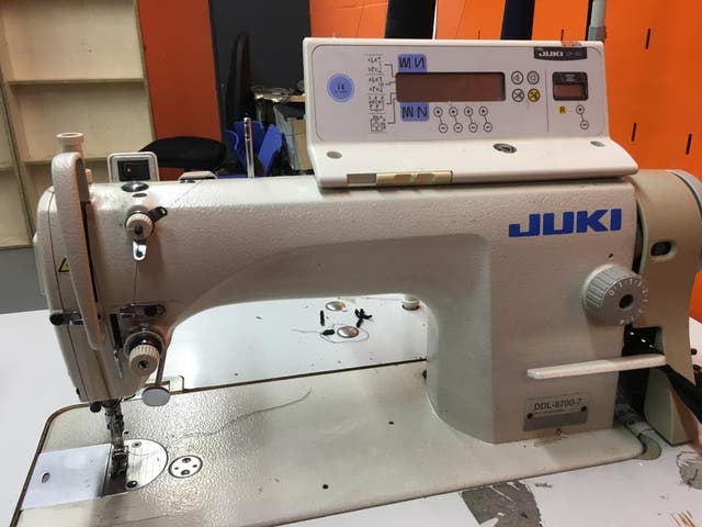 Máquina de coser Juki 8700