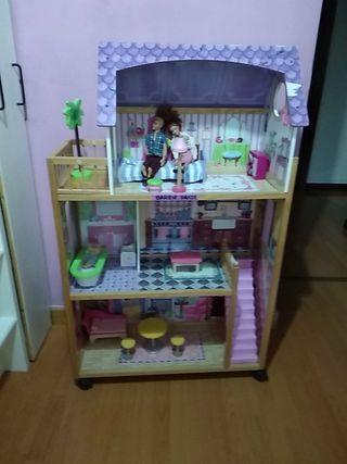 casa muñecas con ruedas