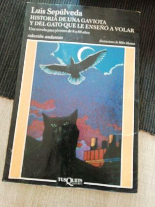 historia de una gaviota y del gato que Le enseño a