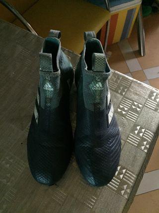 Botas de futbol ACE purecontrol adidas gama alta.