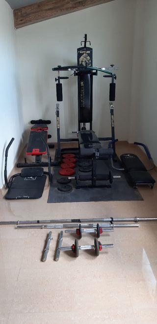 Maq. gym +pesas+ mancuernas+maq. abdominales.