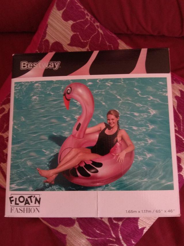 Grandioso flotador flamenco rosa