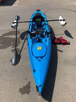 Hobie Mirage Revolution 13 kayak a pedales