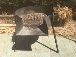 Barbacoa para carbon y leña