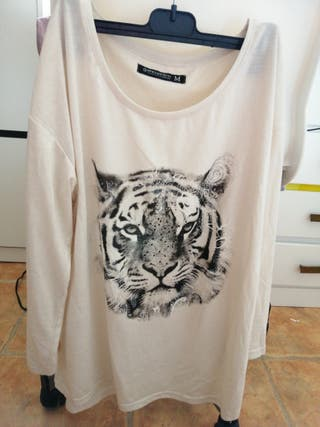 Camiseta de mujer, talla M, manga larga.