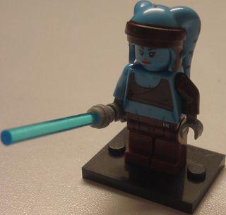 Lego compatible STAR WARS Aayla Secura (75182)