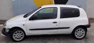 Se vende despiece completo Renault clio I F I+II 1