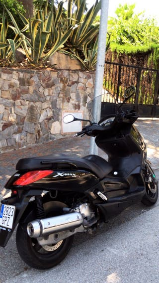 Yamaha Xmax 125i 17.000 kms
