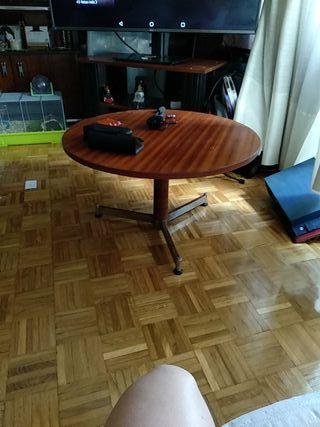 Mesa de centro redonda de madera
