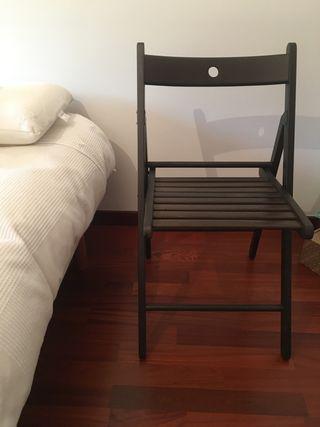 Cadira plegable Terje IKEA. Silla plegable.