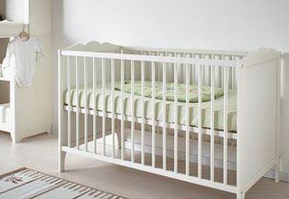 CUNA Ikea HENSVIK - Madera Blanca