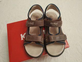 Sandalias de kickers