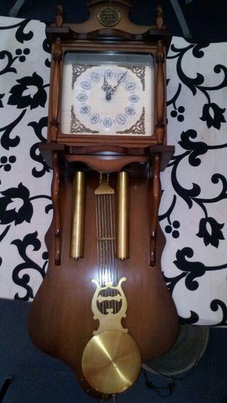 Reloj carrillon