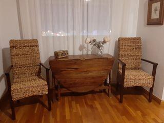 vendo mesa antigua y dos sillones
