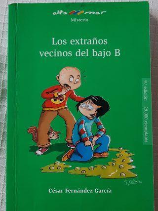 LOS EXTRAÑOS VECINOS DEL BAJO B