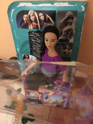 Barbie asiática MTM sin uso