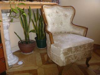 Precioso sillón isabelino