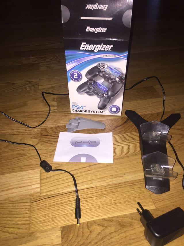 Cargador de mandos PS4