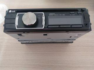 Radio CD-MP3 con USB LG LCS310UR