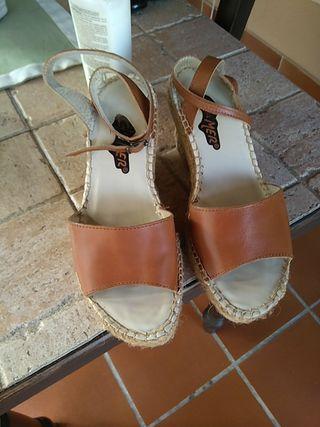 Zapatillas de cuñas