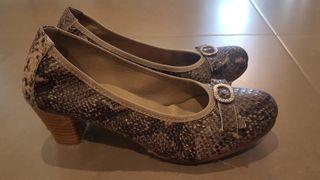 8df66324b7c Zapatos de tacón pitillos de segunda mano en WALLAPOP