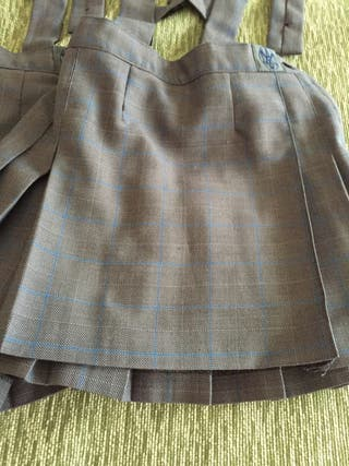 2 faldas uniforme La Inmaculada Concepción