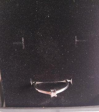 anillo plata de primera ley 925 con diamante