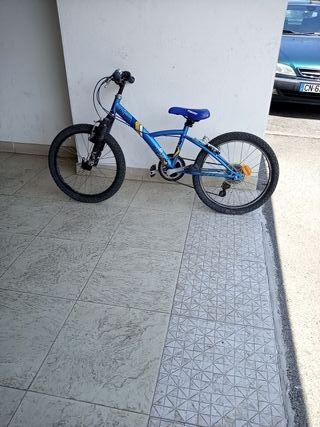 bici para niño de btwin (precio negociable)