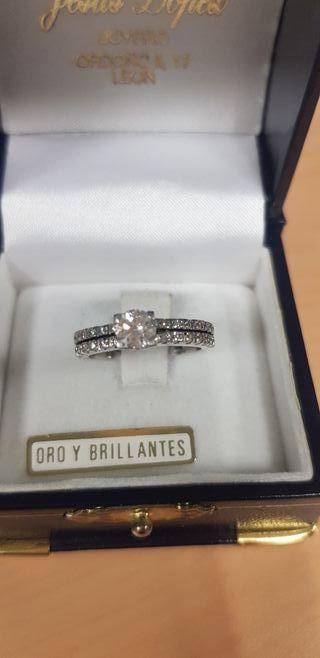 anillo oro blanco y brillantes