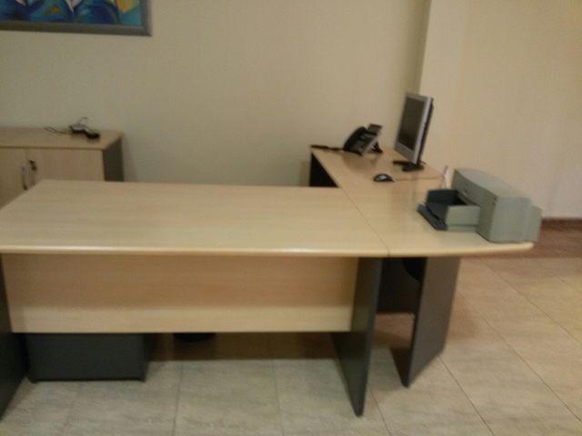 Mesas de oficina de segunda mano por 160 € en Toledo en WALLAPOP