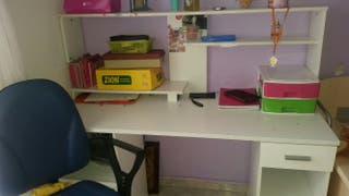 escritorio mas silla