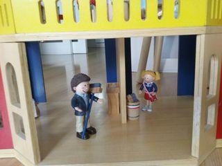 Casita de madera /casa de muñecas