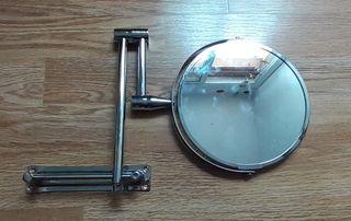 Espejo de aumento: 1€