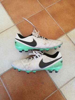 Botas fútbol Nike Tiempo Genio Leather Talla 44,5