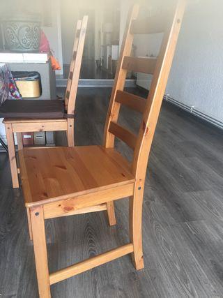 4 sillas en perfecto estado. Compradas hace 2 años