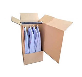 Caja cartón con perchero para mudanzas