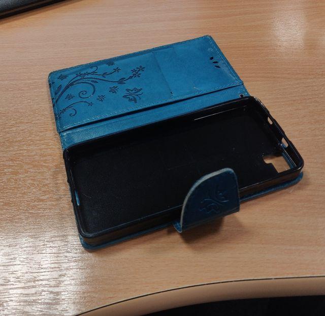 Funda libro azul BQ Aquaris M5
